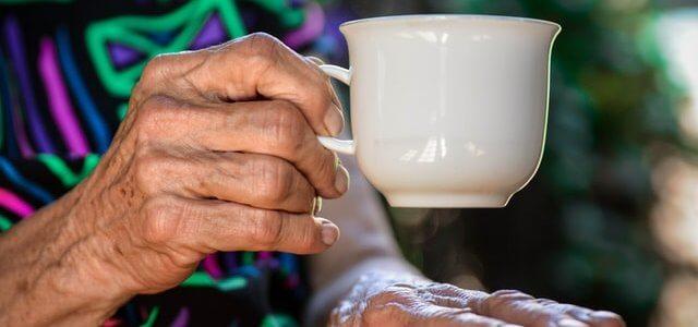 シニア・高齢者向けの広告媒体まとめ