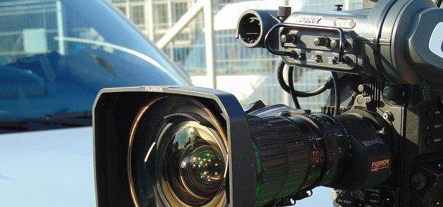 雑誌・テレビなどのマスメディア