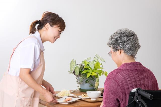 訪問介護の集客広告宣伝方法やマーケティング戦略まとめ