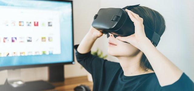 VR動画の制作の相場