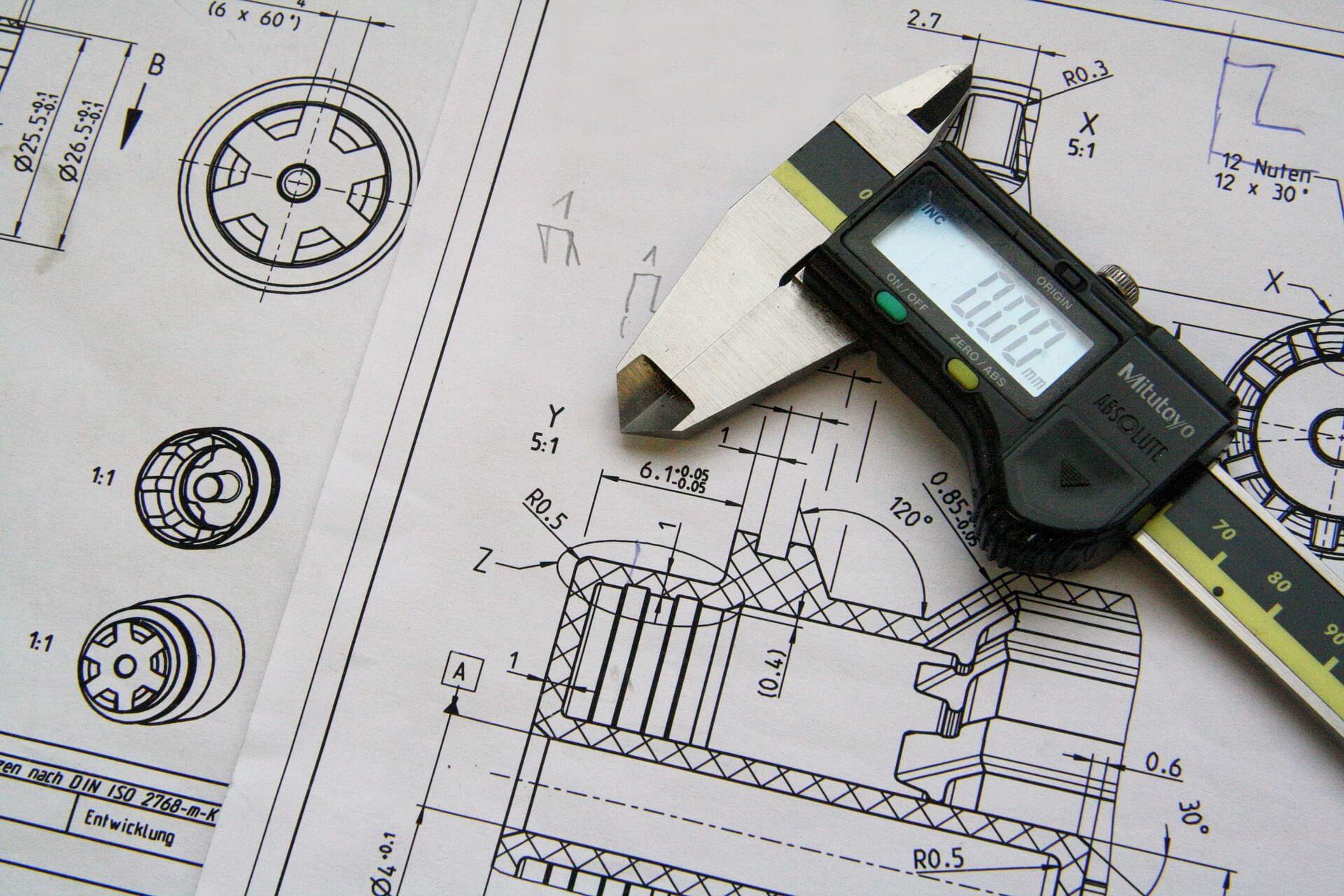 機械パーツの設計図ど道具