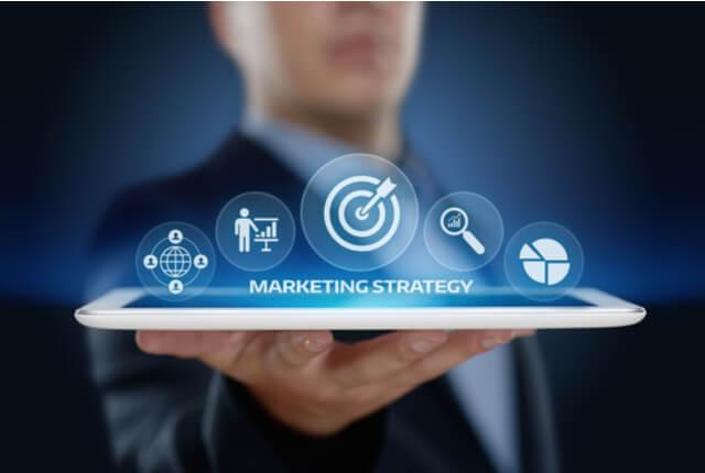 マーケティング戦略は企業の分析が重要